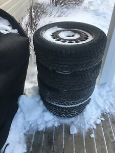 4 studded tires with rims 195/60 r 15