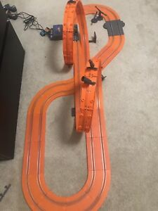 Car track hot wheels