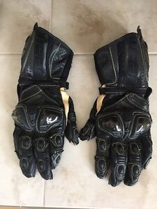 Icon motorcycle gloves