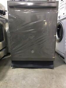 GE Dishwasher *Brand New**