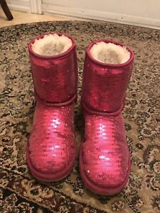Girl's pink Uggs-size 3 girls, size 5 women