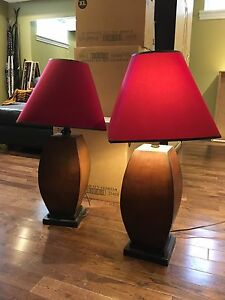 2 Table lamps - wood / red