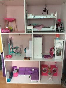 Doll house for 18 inch Dolls