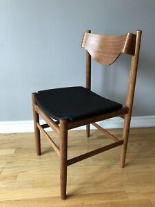 Teak Mid Century Modern Sculptural Desk/Dining Chair