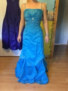 Size 7 prom dresses - $20 each