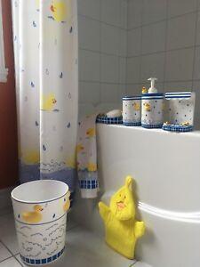 Accessoires de salle de bain pour enfant