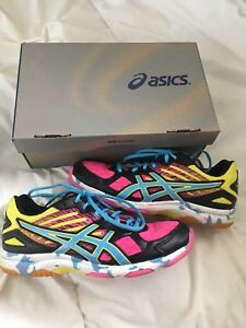 ASICS Women's Volleyball/ Court Shoes