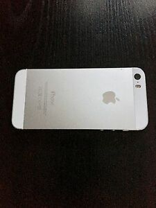 IPhone 5s - 16gb / Excellent Condition - with Otter box case