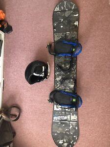 Snowboard, bindings and helmet