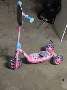 Trolls Scooter