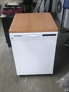 General Electric Dishwasher with counter top look