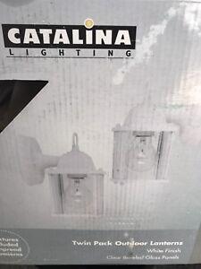 Catalina outdoor light fixtures twin pack (white)