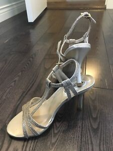 Kenneth Cole Shoes size 6