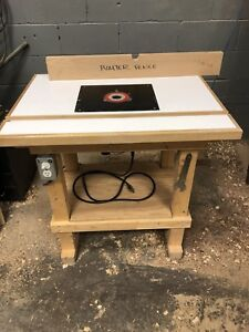 Freud plunge router / router table