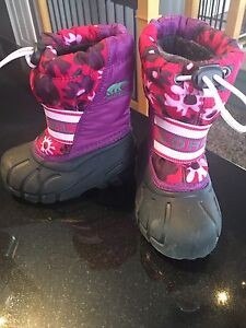 Girl's Size 7 Sorel Winter Boots