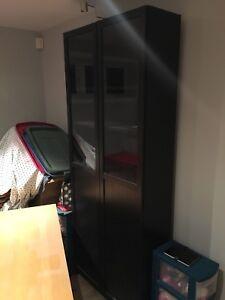 Meuble IKEA avec lumière