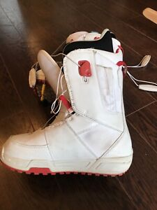 Bottes snowboard boots woman 8.5