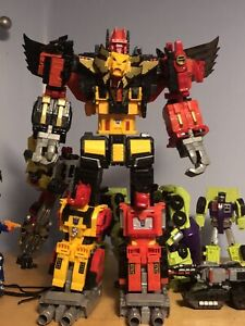 Transformers Predaking and Fortress Maximus combo