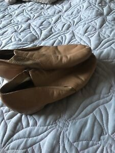 Girls jazz shoes size 3