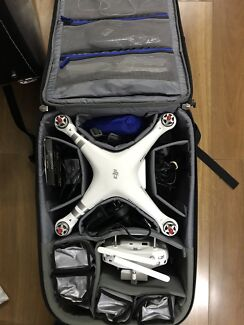 Phantom 3 Advanced with accesories