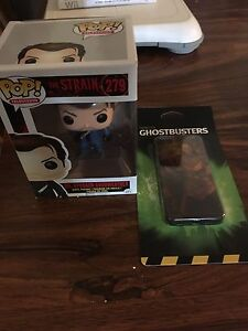 The Strain Pop figure & Ghostbusters iPhone 5 Case