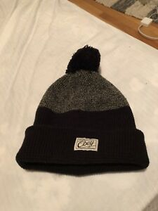 Black & Grey Obey Tuque