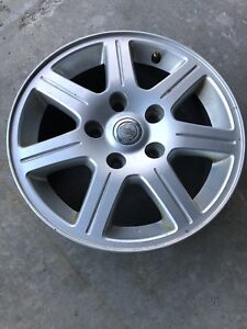 Chrysler Town & Country wheels