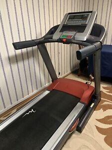 Free Motion Treadmill / Running Machine