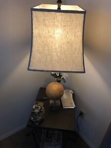 Lamp + Table