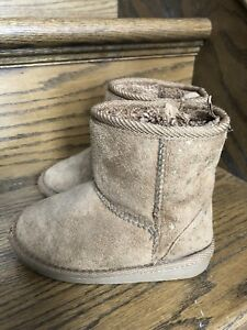 Girls Size 9 Toddler boots