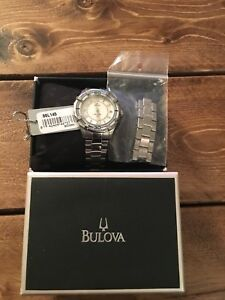 Woman's bulova watch 96L145