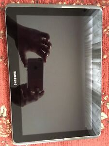 """Selling Samsung Galaxy Tab 2.0  16GB Wifi, Black, 10.1"""""""
