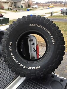 BF Goodrich Mud Terrain KM2 with Full Size Spare