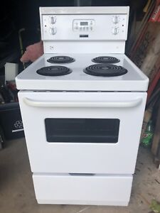 "24"" Electric Fridgidaire Stove"