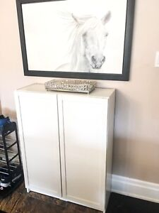 Like new ikea white billy bookcase with two doors!