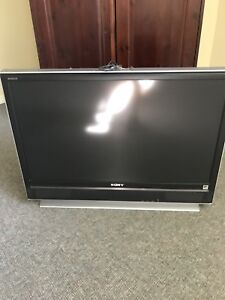 Sony TV 40 pouces LCD