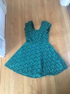 Cute Green Dress size Large