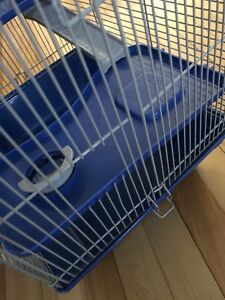 Selling 3 story hamster cage