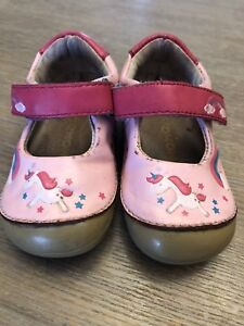 MoMo Baby leather shoes size 4.5