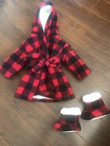 Buffalo plaid robe & slippers