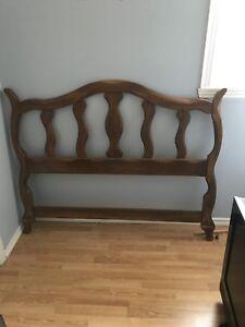 Tête de lit en bois à donner