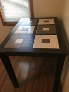 Brand New Table from Leon's