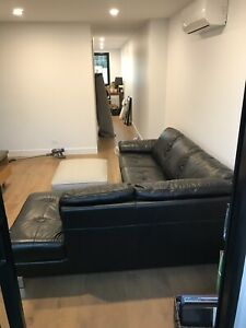 Leather chaise lounge sofa corner 2.5 seater plus chaise