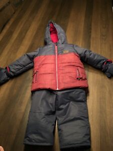 Habit de neige /manteau d'hiver