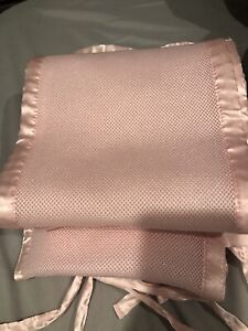 Pink breathable bumper  pad