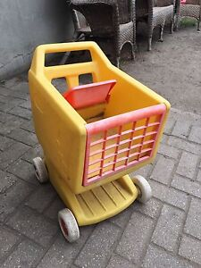 play  grocery cart