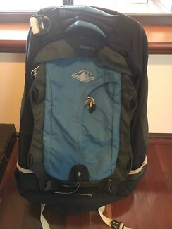 Backpacking pack Mountain Designs