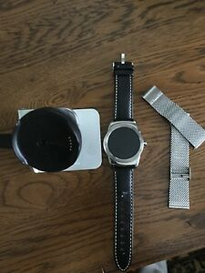 LG Urbane smart watch iOS and android compatible
