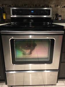 Whirlpool Electric Stove / Oven