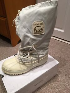 SOREL SNOWLION women's size 9